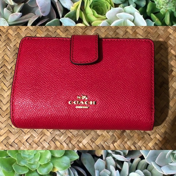 b0c6ea0c 🍒COACH med. Corner Zip Wallet Crossgrain Leather